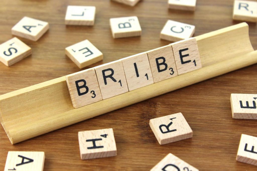 The word bribe in a Scrabble game